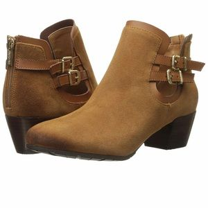 Kenneth Cole Reaction Suede Ankle Boot cognac 9